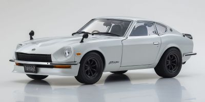 KYOSHO ORIGINAL 1/18scale NISSAN Fairlady Z-L (S30)(White pearl)  [No.KS08220WP]