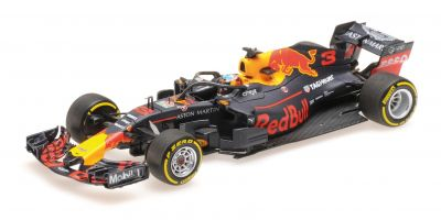 MINICHAMPS 1/43scale ASTON MARTIN RED BULL RACING – DANIEL RICCIARDO – SHOWCAR 2018  [No.417189003]
