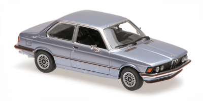 MINICHAMPS 1/43scale BMW 323I 1975 Light Blue Metallic  [No.940025472]