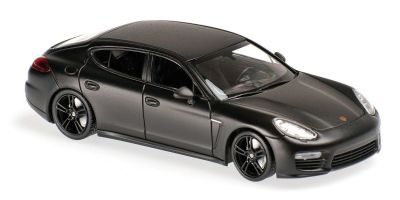 MINICHAMPS 1/43scale Porsche Panamera Turbo S 2013 Matt Black  [No.940062370]