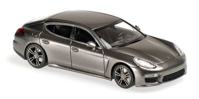 MINICHAMPS 1/43scale Porsche Panamera Turbo S 2013 Gray Metallic  [No.940062371]