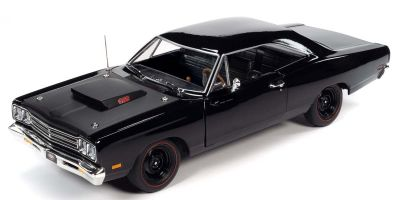 AMERICAN MUSCLE 1/18scale 1969 Plymouth Road Runner MCACN Black Velvet  [No.AMM1232]