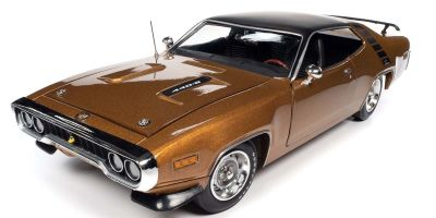 AMERICAN MUSCLE 1/18scale 1971 Plymouth Roadrunner HT (Class of 1971) GY8 Golg Leaf  [No.AMM1258]