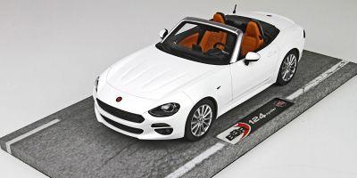 BBR 1/18scale Fiat 124 Spider Anniversary 2016 Bianco Gelato Ice White  [No.BBRC1815B]