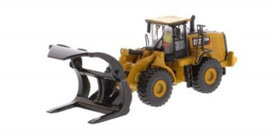DIECAST MASTERS 1/87scale Cat 972M Wheel Loader with Log Fork  [No.DM85950]