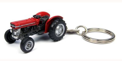UNIVERSAL HOBBIES Massey Ferguson 135 key ring  [No.E5566]