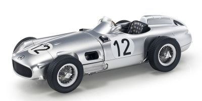 TOPMARQUES 1/18scale W196 Open wheel 1955 British Grand Prix No.12 S.Moss  [No.GRP015C]