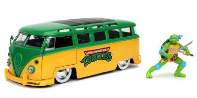 JADA TOYS 1/24scale 1962 VW Bus Leonardo with Figure (Teenage Mutant Ninja Turtles)  [No.JADA31786]