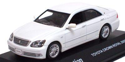 J-COLLECTION 1/43scale Toyota  Royal 2005 White Pearl [No.JC31002W]