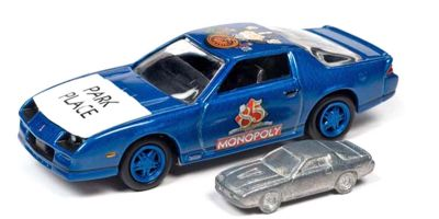 JOHNNY LIGHTNING 1/64scale 1985 Monopoly Park Place with Chevy Camaro & token (Monopoly piece)  [No.JLPC002BBL]
