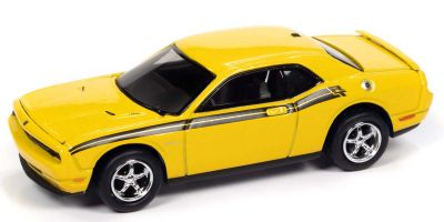 JOHNNY LIGHTNING 1/64scale 2010 Dodge Challenger Yellow  [No.JLSP147A]