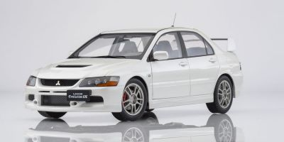 Super A 1/18scale Mitsubishi Lancer Evolution IX (White)  [No.KAC11112]