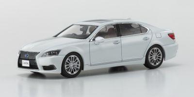 KYOSHO 1/43scale Lexus LS 600hL White Pearl  [No.KS03647W]