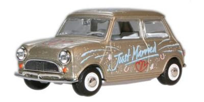 "OXFORD 1/43scale Mini Cooper (Silver) ""Just Married!""  [No.OXMIN016]"