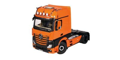 NZG 1/18scale MERCEDES BENZ Actros 4x2 GigaSpace Truck tractor Orange / Black (new rearview mirror design)  [No.NZG9921-65]