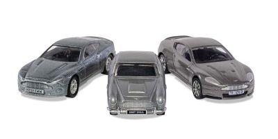 CORGI Nonscale James Bond Aston Martin Collection Set of 3 (V12 Banquish / DB5 / DBS)  [No.CGTY99284]