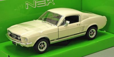 WELLY 1/24scale Ford Mustang GT 1967 (cream)  [No.WE22522C]