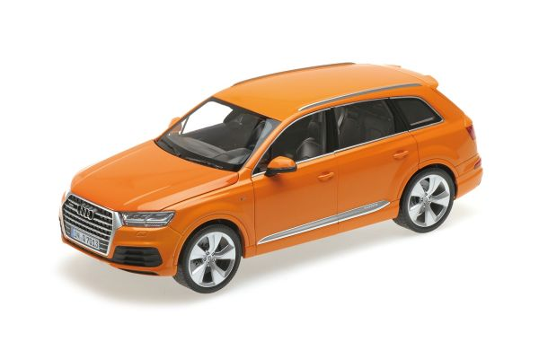 MINICHAMPS 1/18scale AUDI Q7 – 2015 – ORANGE (6 OPENINGS) [No.110014004]