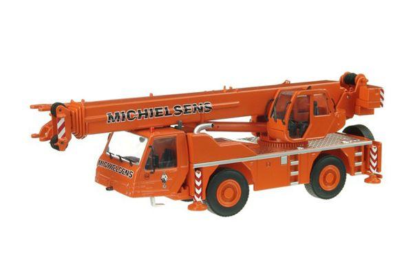 NZG 1/50scale TEREX-PPM AC40/2L Mobile Crane