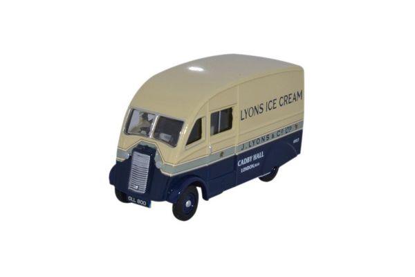 OXFORD 1/76scale Commer Q25 Lyons ice cream van  [No.OX76CM009]