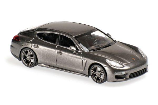 MINICHAMPS 1/43scale Porsche Panamera Turbo S 2013 Gray Metallic  [No.940062371]