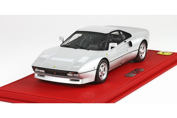 BBR 1/18scale Ferrari 288 GTO with display case and read leatherette base SILVER [No.P18112CV]