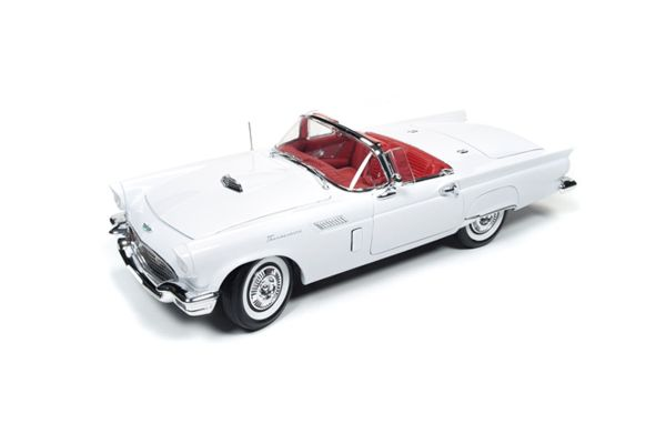 AMERICAN MUSCLE 1/18scale 1957 Ford Thunderbird Christmas ver # 3 White/Red [No.AMM1089]