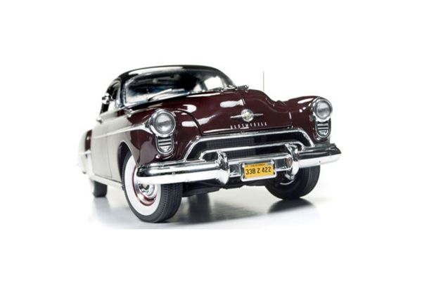 AMERICAN MUSCLE 1/18scale 1950 Olds 88 Coupe Hemmings Motor News (Maroon)  [No.AMM1127]