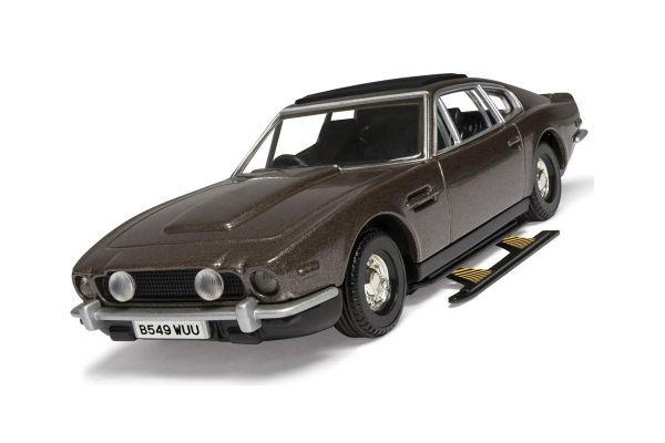CORGI 1/36scale Aston Martin V8 Volunte 007