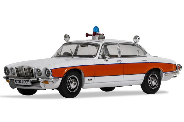 CORGI 1/43scale Jaguar XJ6 Series 2 4.2L Avon & Somerset Constabulary  [No.CGVA13901]