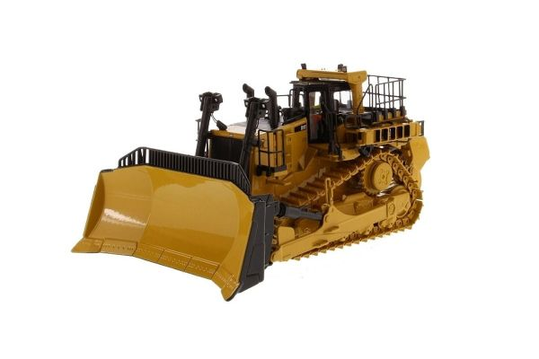 DIECAST MASTERS 1/50scale Cat D11T Track Type Tractor   [No.DM85565H]