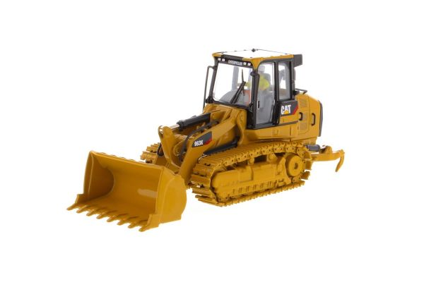 DIECAST MASTERS 1/50scale Cat 963K truck loader  [No.DM85572H]