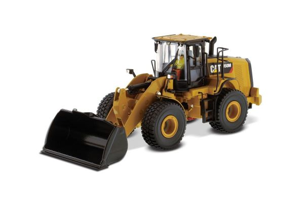 DIECAST MASTERS 1/50scale Cat 950M wheel loader  [No.DM85914H]