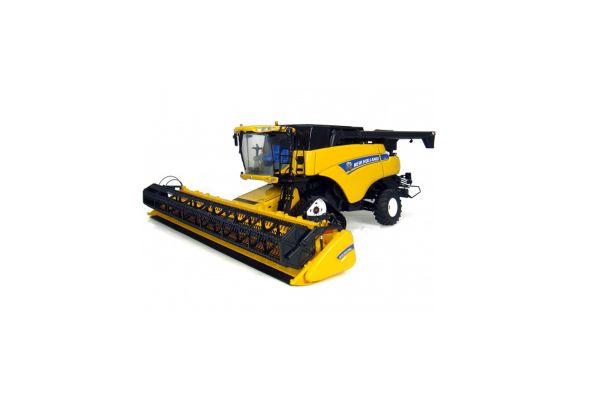 UNIVERSAL HOBBIES 1/32scale New Holland CR9090  [No.E4004]