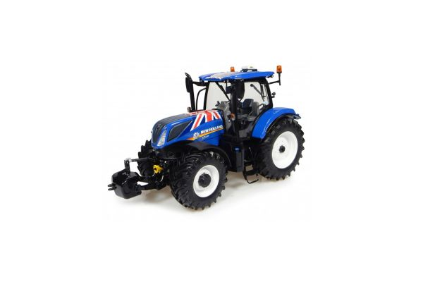 UNIVERSAL HOBBIES 1/32scale New Holland T7.225