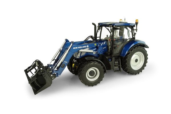 UNIVERSAL HOBBIES 1/32scale New Holland T6.175