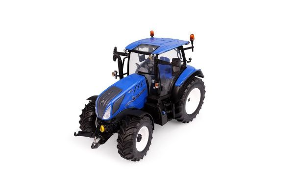 UNIVERSAL HOBBIES 1/32scale New Holland T5.130 low roof high Visibility  [No.E6222]