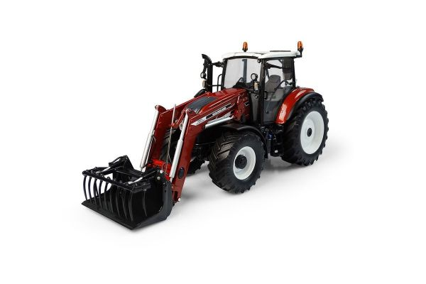 UNIVERSAL HOBBIES 1/32scale New Holland T5.120