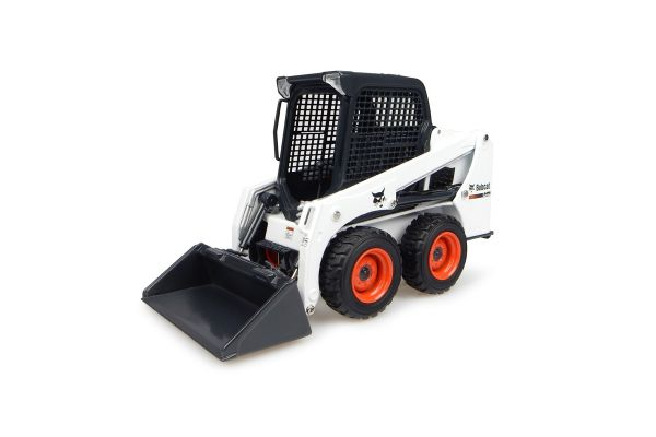 UNIVERSAL HOBBIES 1/25scale Bobcat S450  [No.E8110]