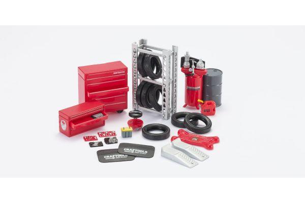 HOBBY GEAR 1/24scale Repair Grage Set [ コンプレッサー、フェンダーカバー、燃料ドラム缶、タイヤ 他 ] [No.HB18420]