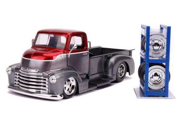 JADA TOYS 1/24scale 1952 Chevy COE Pickup (Red / Silver)  [No.JADA31544]