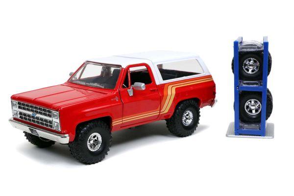 JADA TOYS 1/24scale 1980 Chevy Blazer Red / White  [No.JADA32308]