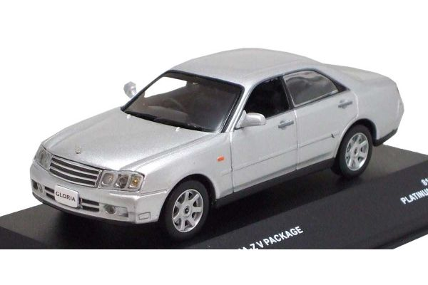 J-COLLECTION 1/43scale Nissan Gloria 300 Ultima-Z V Package 2001 Platinum Silver [No.JC02007SL]