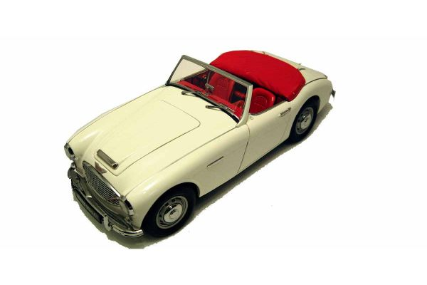 KYOSHO 1/18scale AUSTIN HEALEY 3000 Mk-I White [No.K08141W]