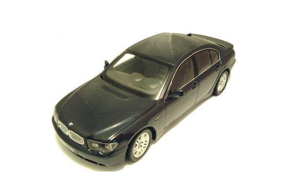 KYOSHO 1/18scale BMW 745i Navy Blue [No.K08571NB]