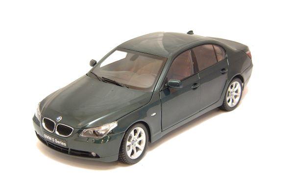KYOSHO 1/18scale BMW 545i SEDAN DarkGreen [No.K08591DG]