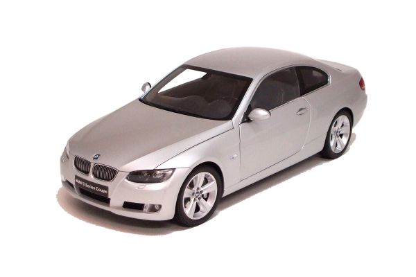 KYOSHO 1/18scale BMW 3 Series Coupe (E92) Silver [No.K08735S]
