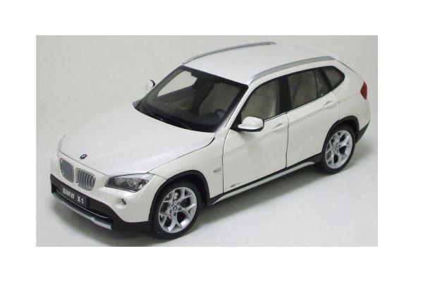 KYOSHO 1/18scale BMW X1 XDrive 28i Mineral white [No.K08791MW]