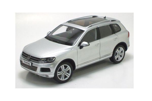 KYOSHO 1/18scale Volkswagen Touareg 2010 FSI Cool Silver Metallic [No.K08821CS]