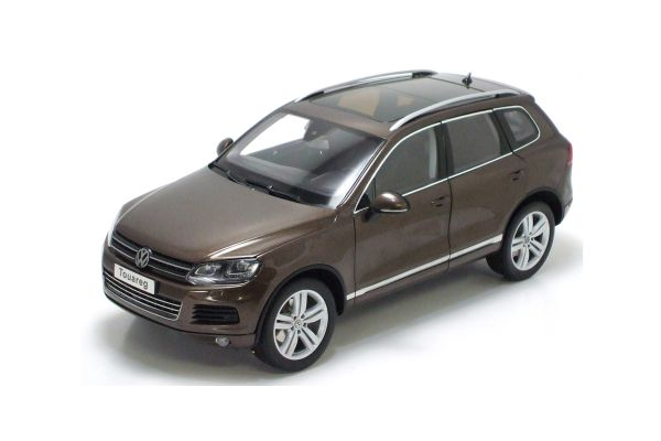 KYOSHO 1/18scale Volkswagen Touareg 2010 FSI Graciosa Brown Metallic [No.K08821GBR]